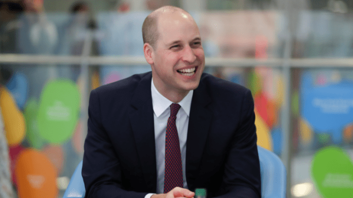 Prince William shaves off hair