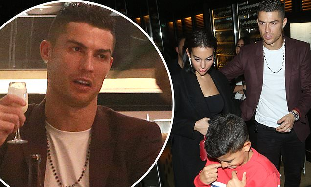 Cristiano Ronaldo with fiancée and son swanky London dinner in Zela Restaura nt