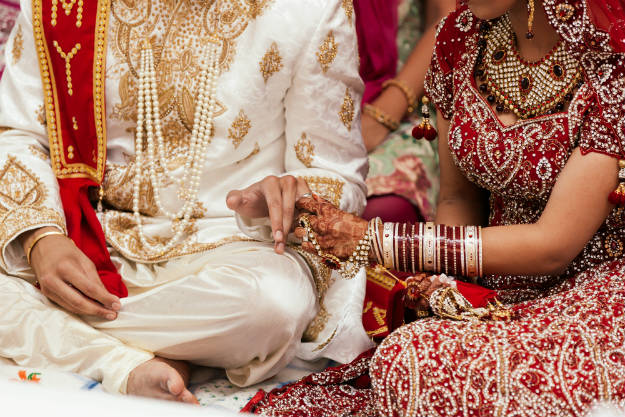 Indian Brother-Sister Try to Fool Immigration Authorities by Marrying Each Other For Australian Visa