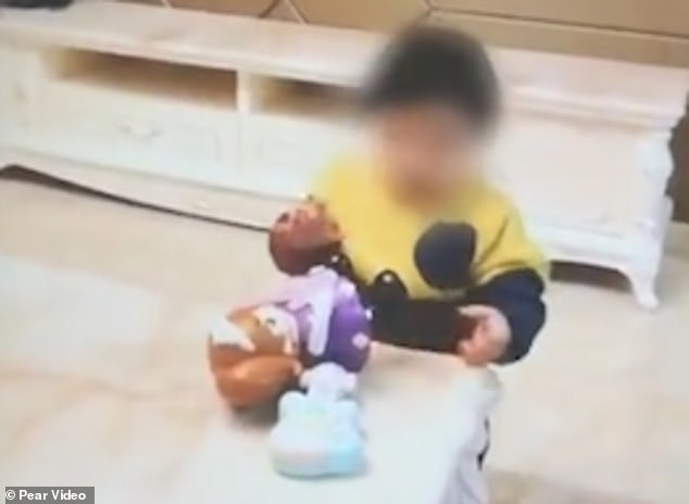 Father sells his one-year-old daughter for £6,800 on the internet to pay for his gambling debts