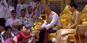 Thai king Maha Vajiralongkorn anoints his mistress as his official concubine